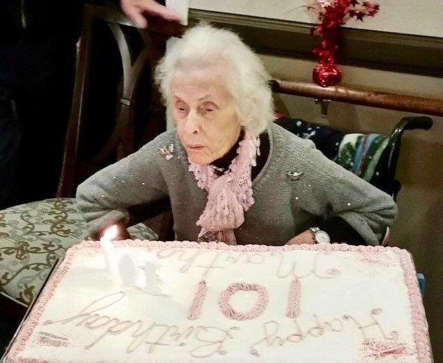 Martha Thomas celebrates 101st 3.jpg