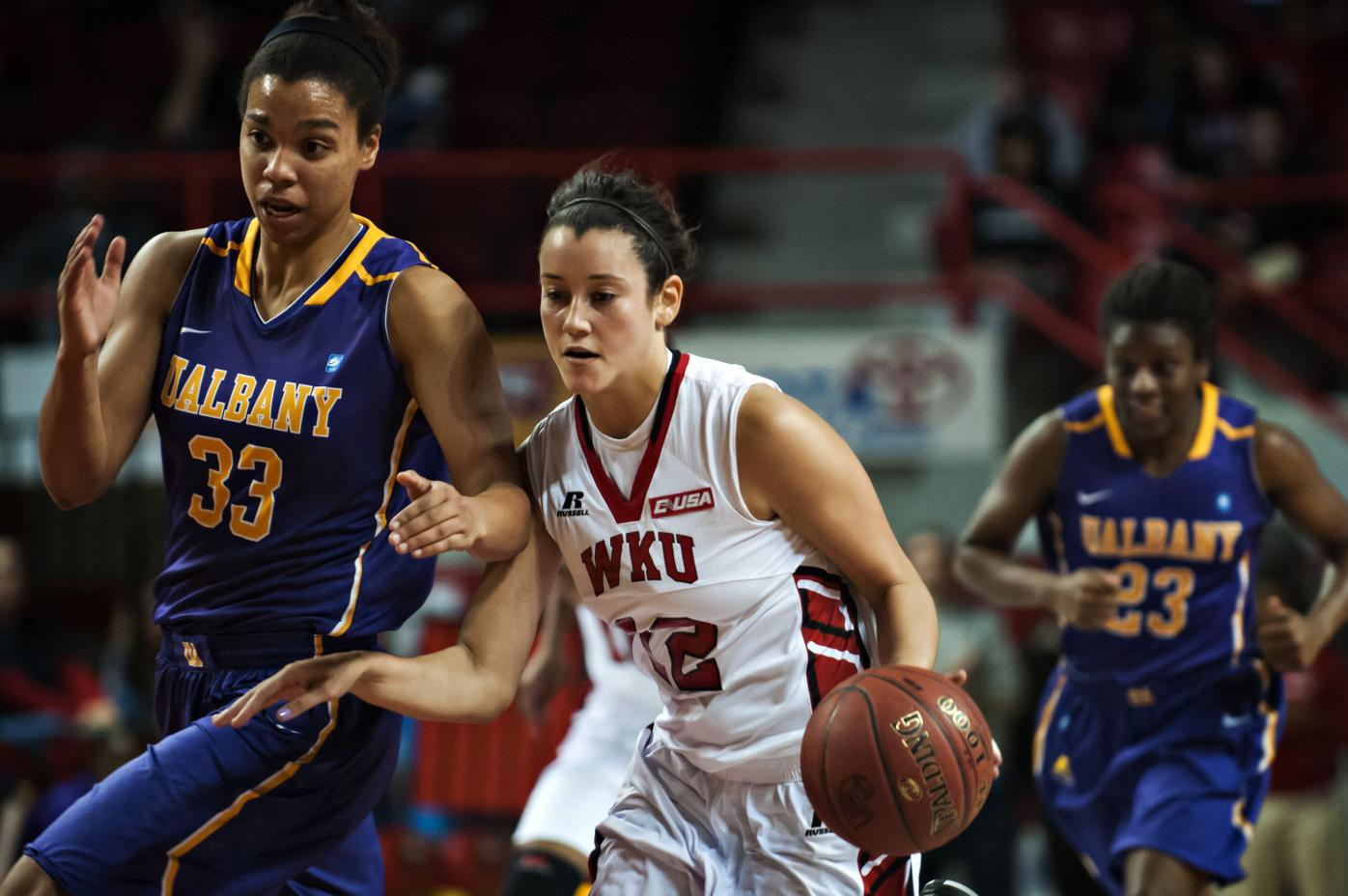Lady Toppers Win 63-54 Over Albany