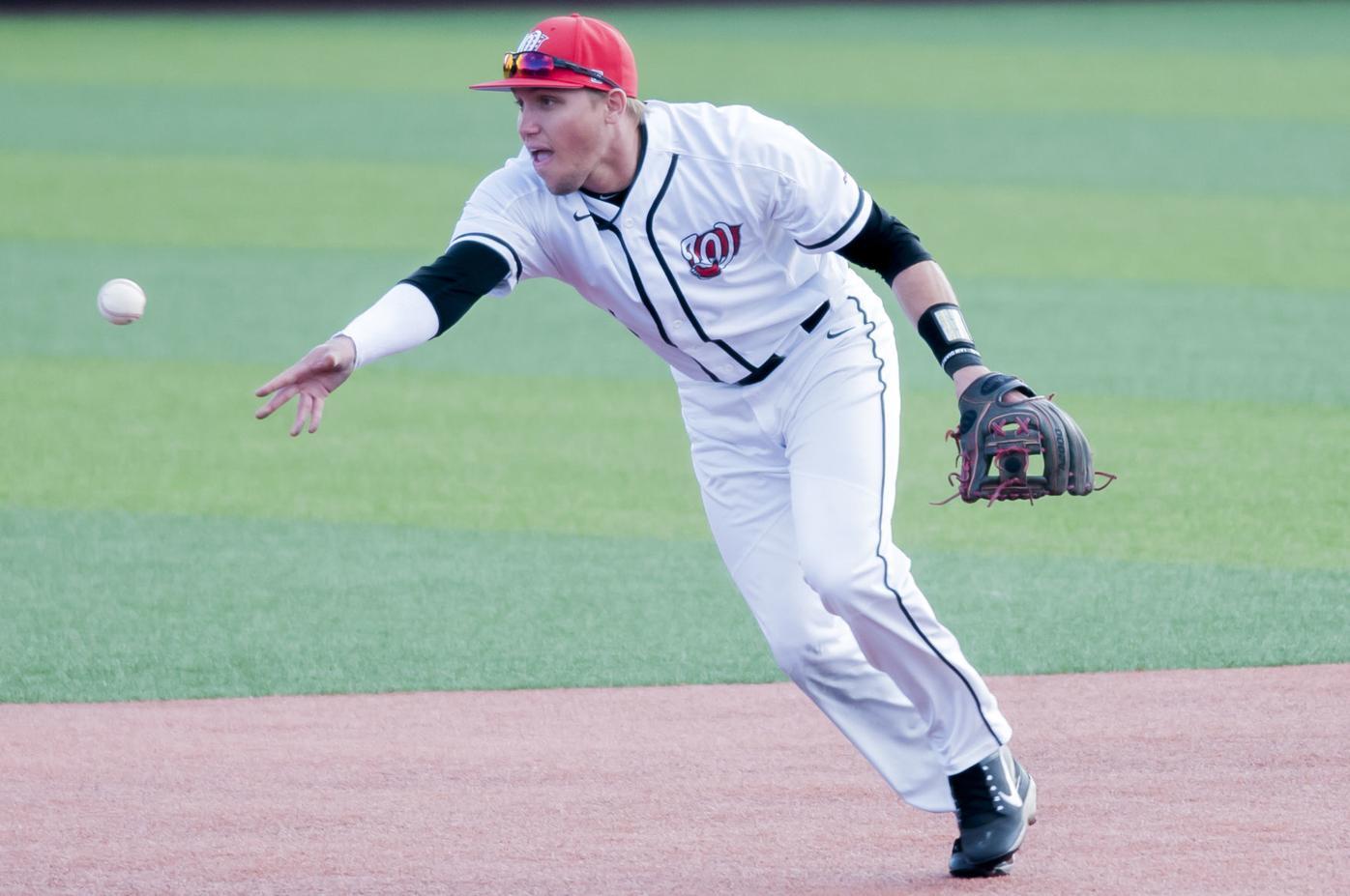 College Baseball: Louisville 8, WKU 5