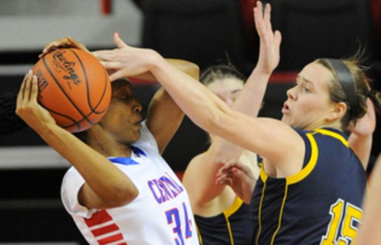 Notre Dame Women Advance To Basketball Sweet 16: Marshall County, Notre Dame Advance In Girls' Sweet 16