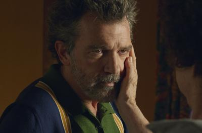 """Banderas shines in Almodóvar's personal """"Pain and Glory"""""""