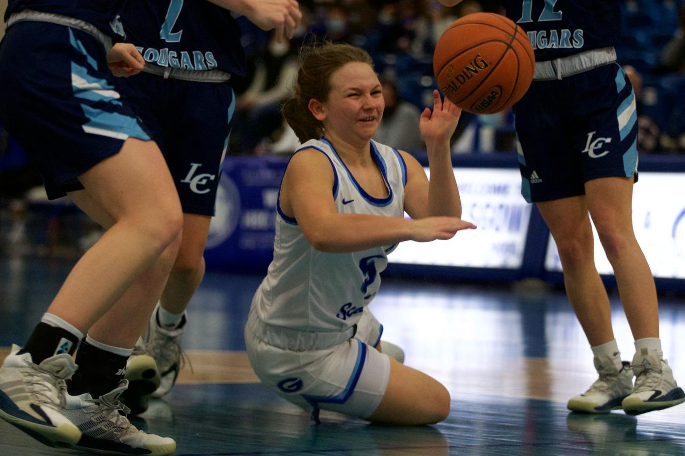 210220-sports-LC at Glasgow girls' hoops-outbound 9.jpg