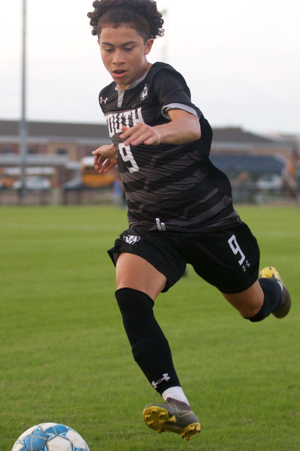 211013-sports-South Warren vs. Glasgow Region 4 BOYS' Soccer Tournament Semifinals_outbound 1.jpg