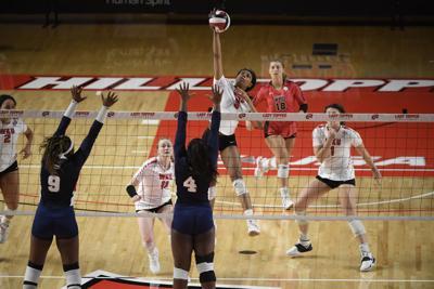 NCAA Women's Volleyball 2021: FAU vs WKU
