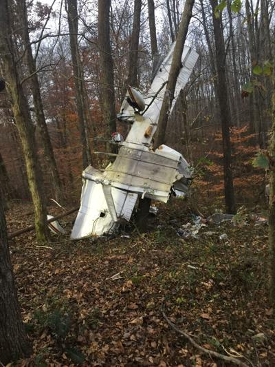 Four die after plane crash in Barren County