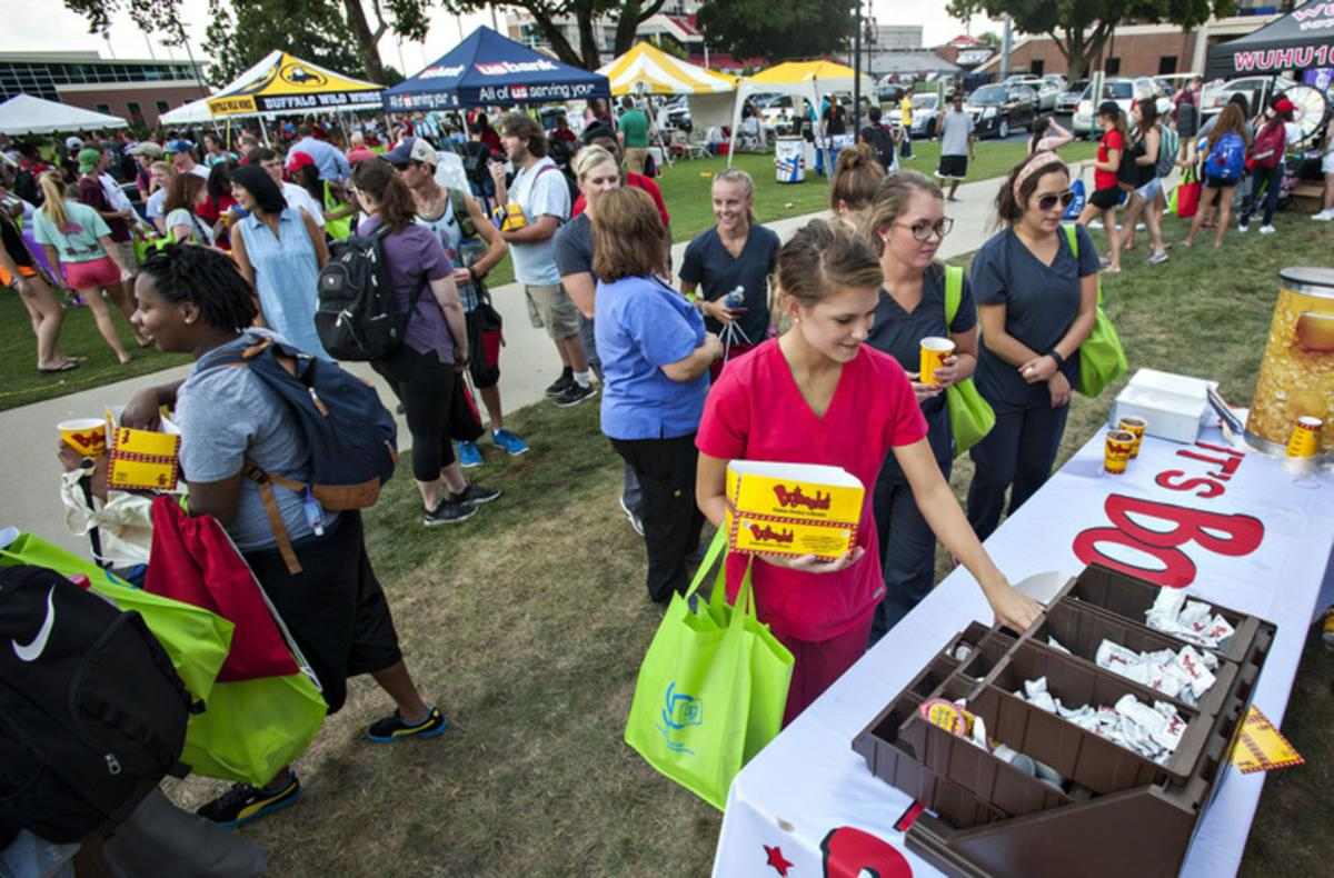 Topper return: WKU welcomes students with festival featuring local businesses