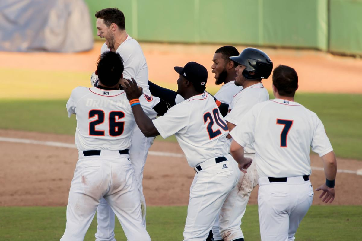 MiLB: Hot Rods 8-7 over Great Lakes