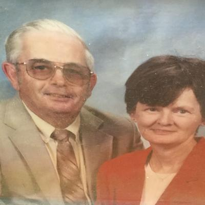 Van Cleaves celebrate 50th anniversary
