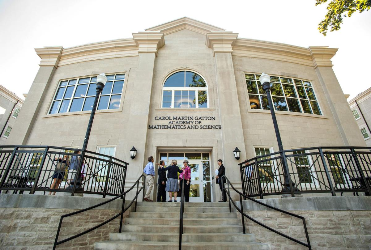 U.S. Sen. Rand Paul tours WKU's Gatton Academy