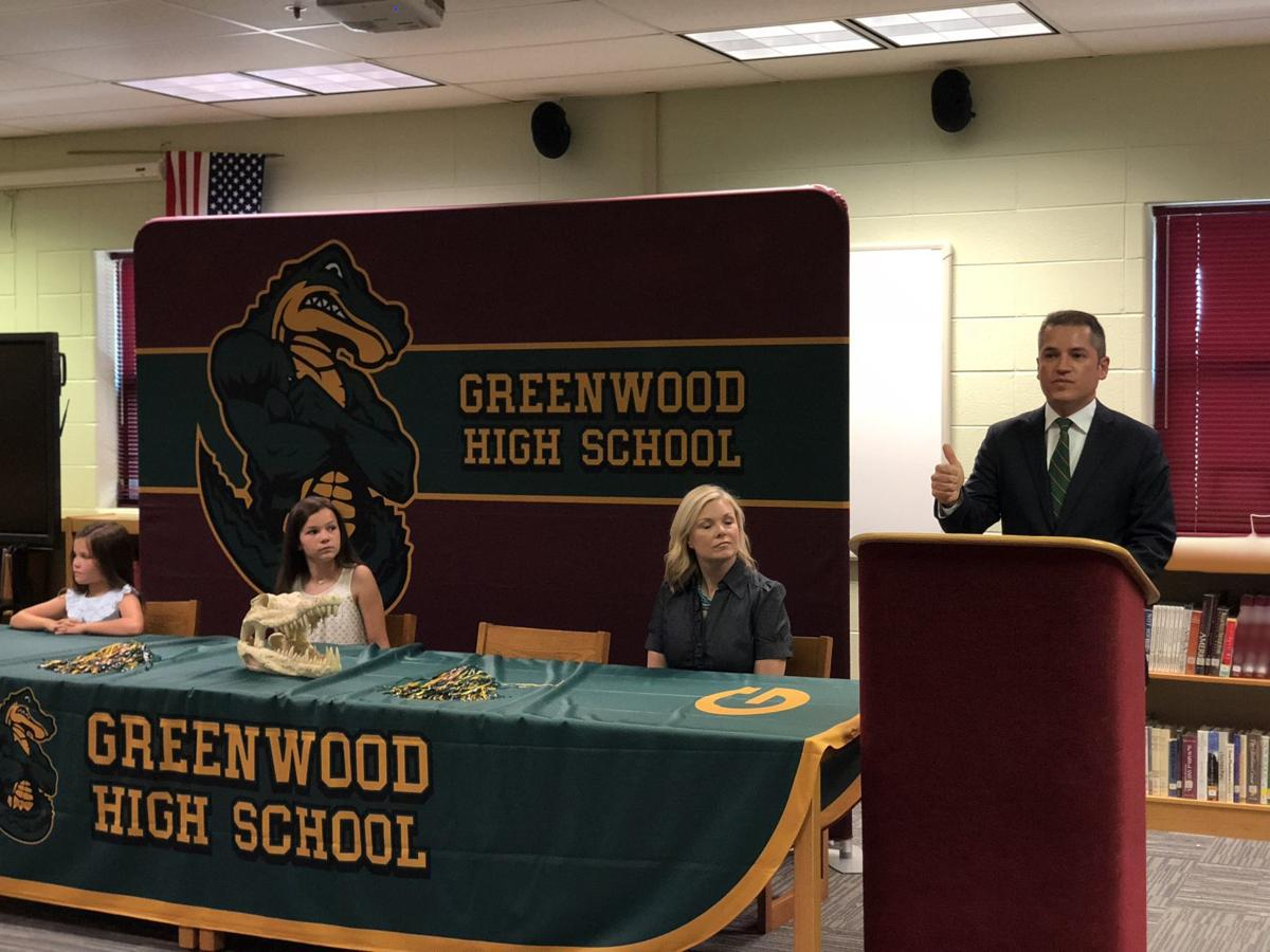 Greenwood High School names new principal     bgdailynews com
