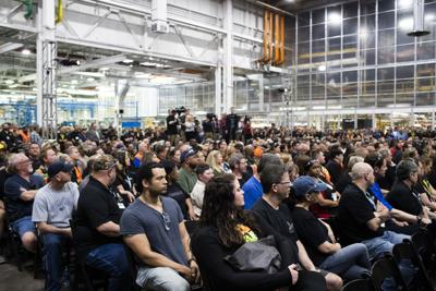 GM adding 400 workers at Corvette Plant