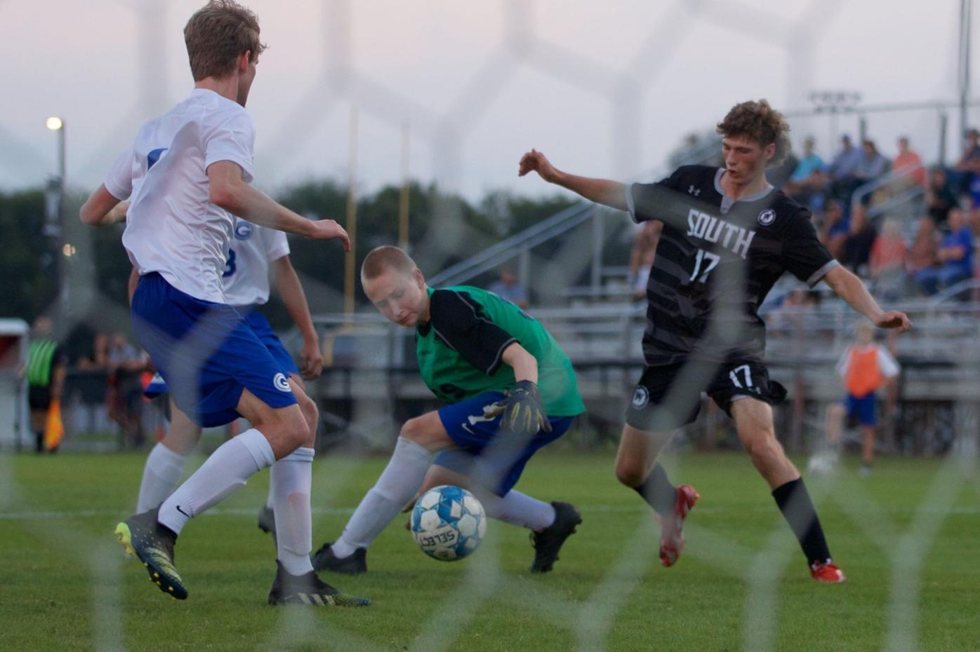 211013-sports-South Warren vs. Glasgow Region 4 BOYS' Soccer Tournament Semifinals_outbound 4.jpg