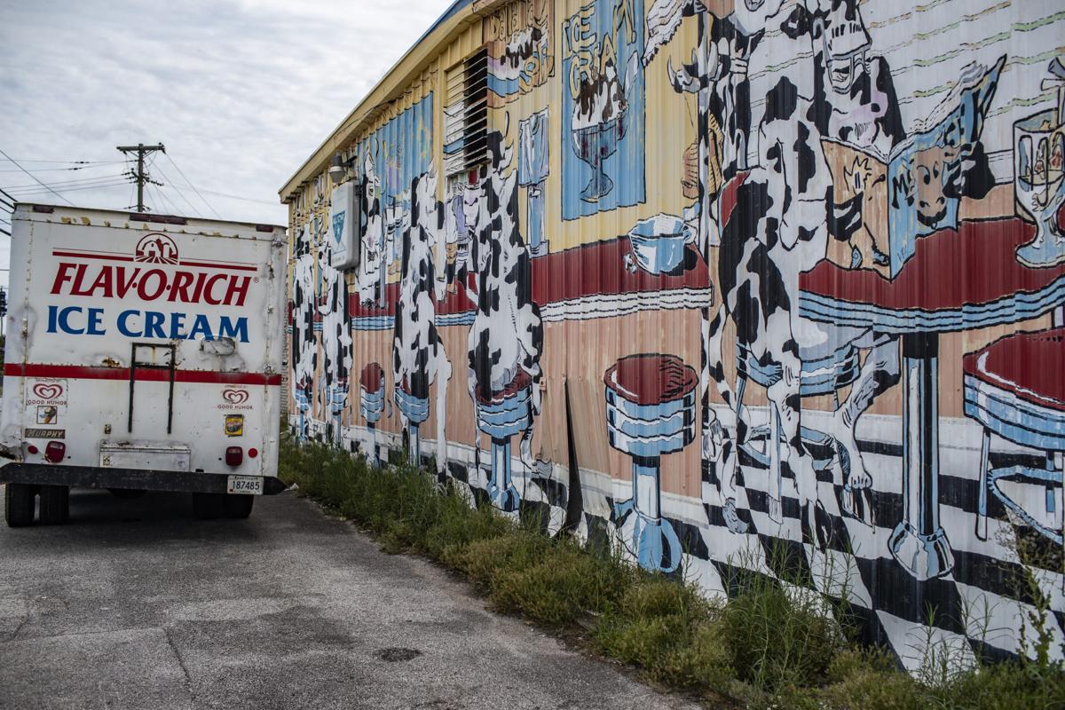 Brown's Ice Cream mural