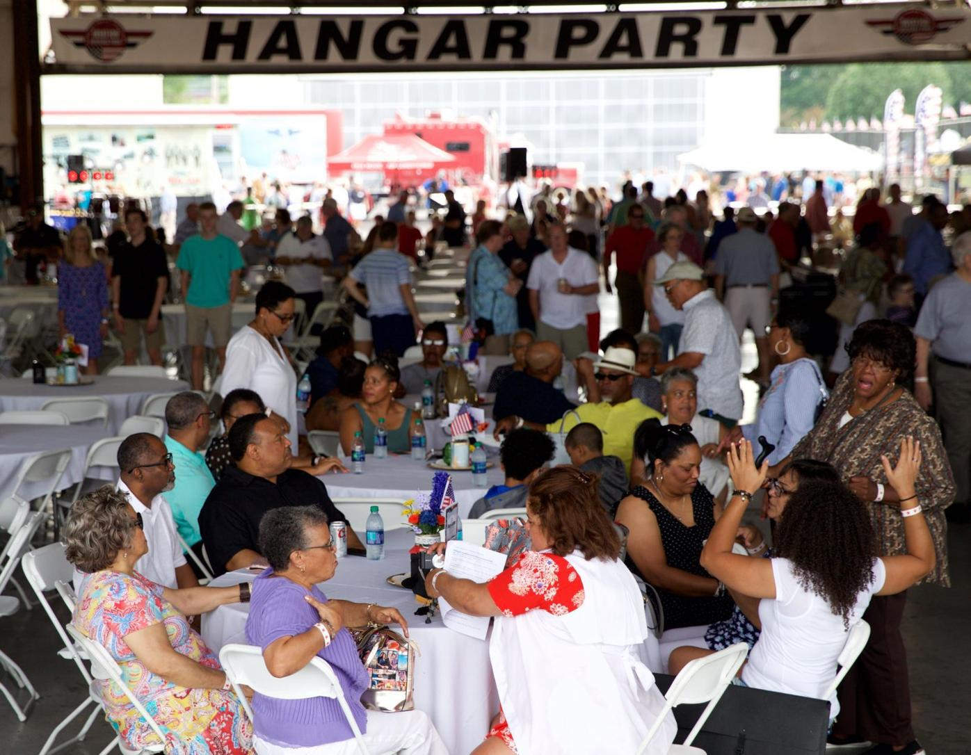 20190615_hangar party outbournd_barkoff 004.jpg