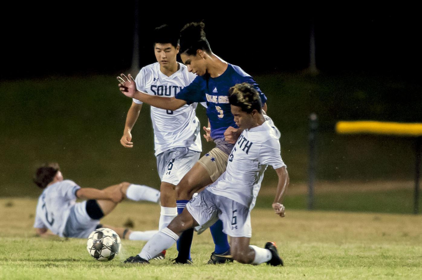 Prep boys soccer: South Warren 4-2 over Bowling Green