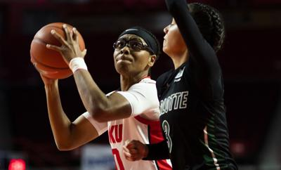 Lady Tops defeat Charlotte 71-60