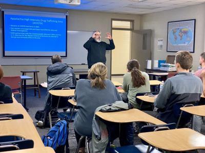 WKU students gain insight into Warren County Drug Task Force