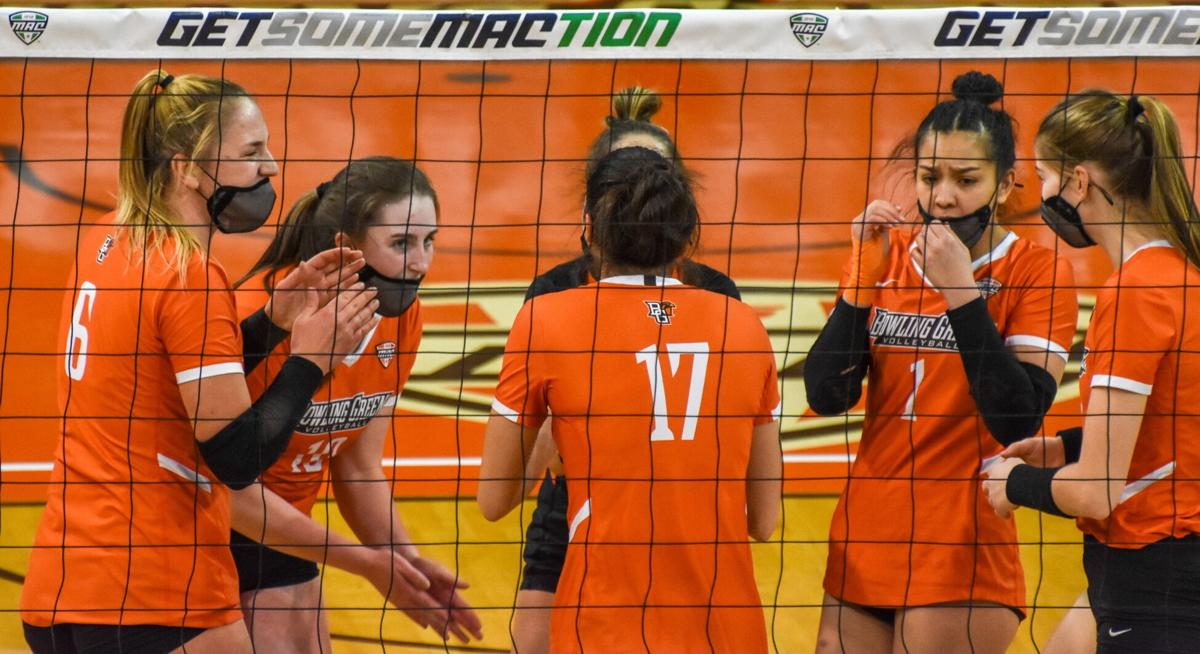 BGSU volleyball ends season in Omaha, losing in the first round to Weber State