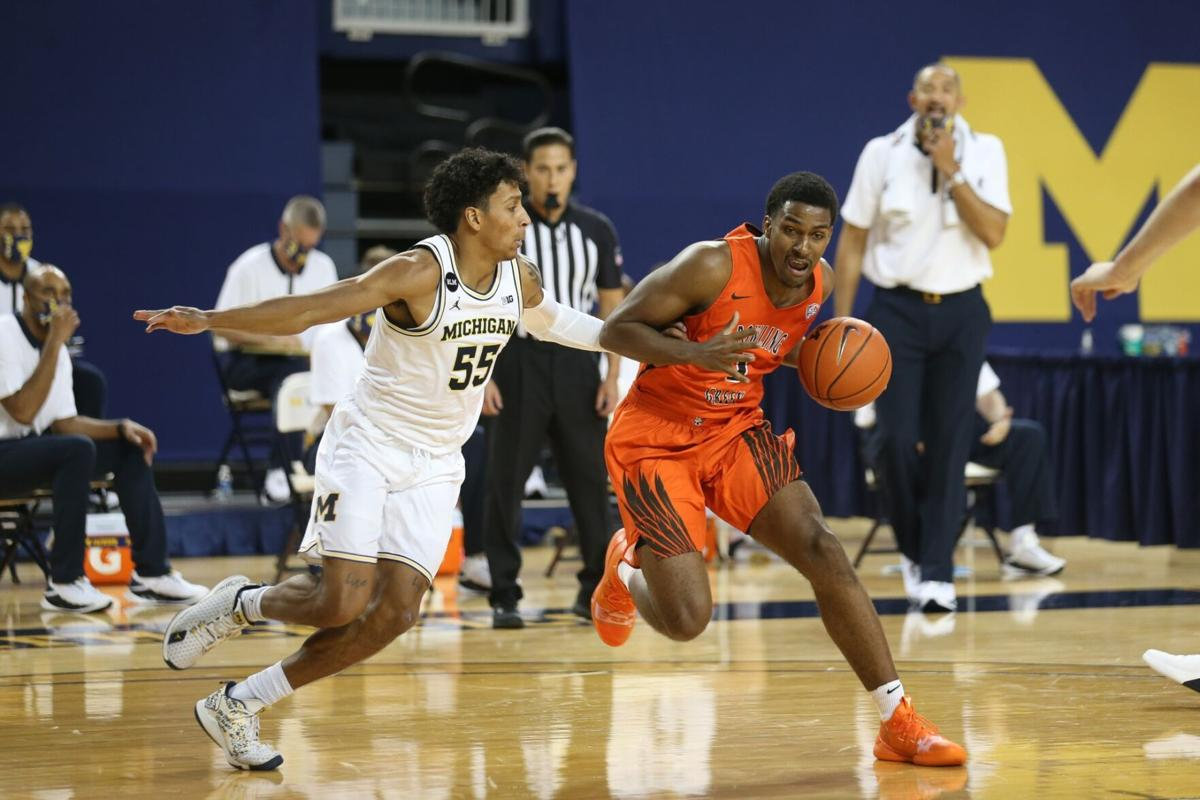 BGSU Men's Basketball shows flashes in opening game loss to Michigan