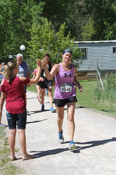 Moral support at Mickelson Trail Marathon