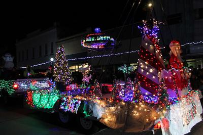 Chamber seeking parade entries for Belle Fourche Light Up the Night event