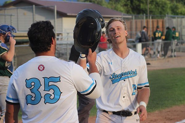 Sasquatch fall to Sodbusters 7-4