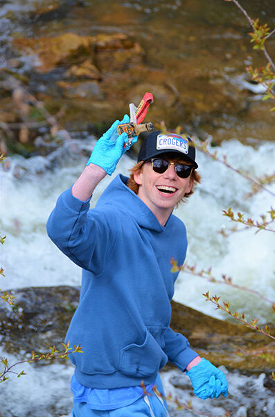 L-DHS kids clean up Whitewood Creek