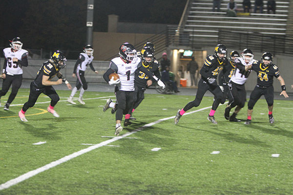 Scoopers football falls to Mitchell Kernels, 42-23
