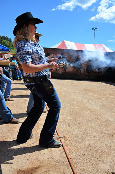 Cowboy Fast Draw Returns To Wild Bill Days  Deadwood -7549