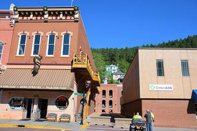 Deadwood approves street closure to accommodate alternative public gathering space