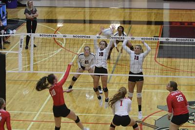Scooper girls' volleyball falls to RCC Cobblers