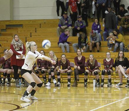 L-D advances in Region 8A volleyball tourney