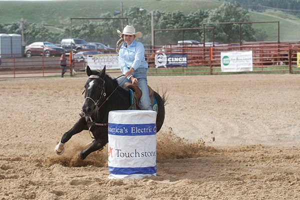 SD riders qualify for national rodeo