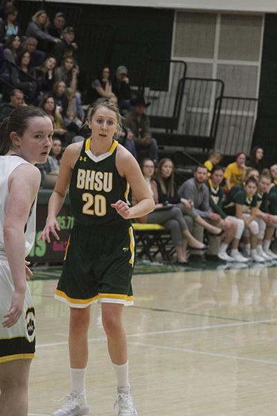 BHSU falls to Wayne State