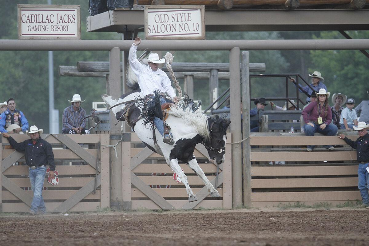 Days of '76 Rodeo ends second perf