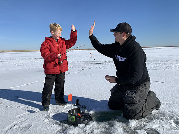 Safety tips to make your ice fishing experience a good one