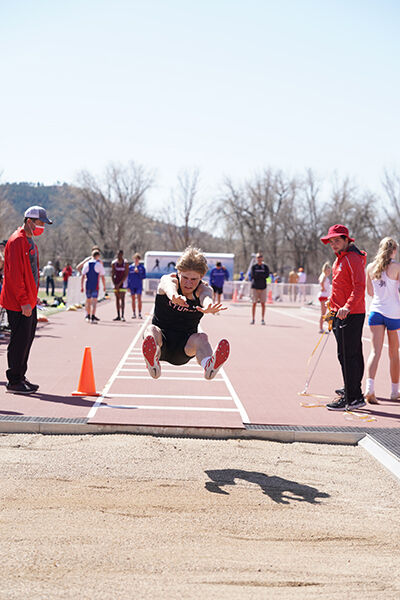 Spartans and Scoopers excel at Rapid City track meet