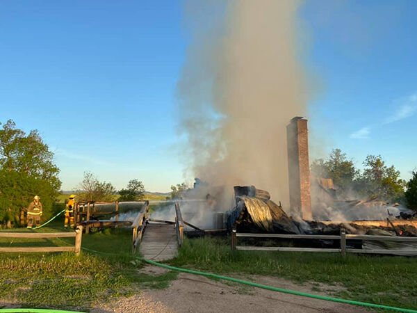 Fire destroys Bear Butte Lodge