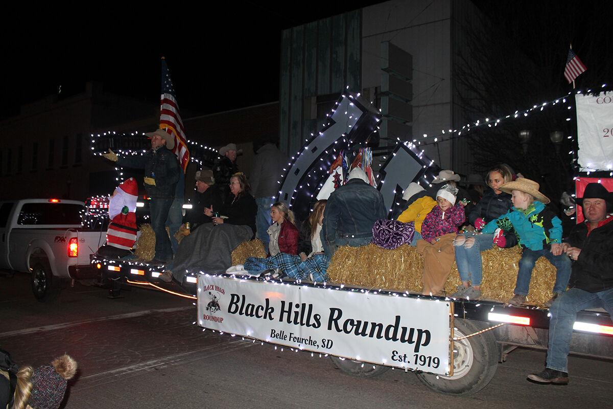 Belle Fourche ushers in holiday season Friday with Light Up the Night event