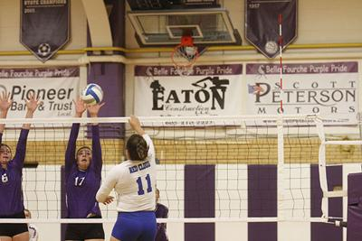 BF volleyball team sweeps Red Cloud