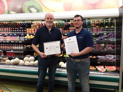 Lueders Food Center in Belle Fourche honored for patriotic support