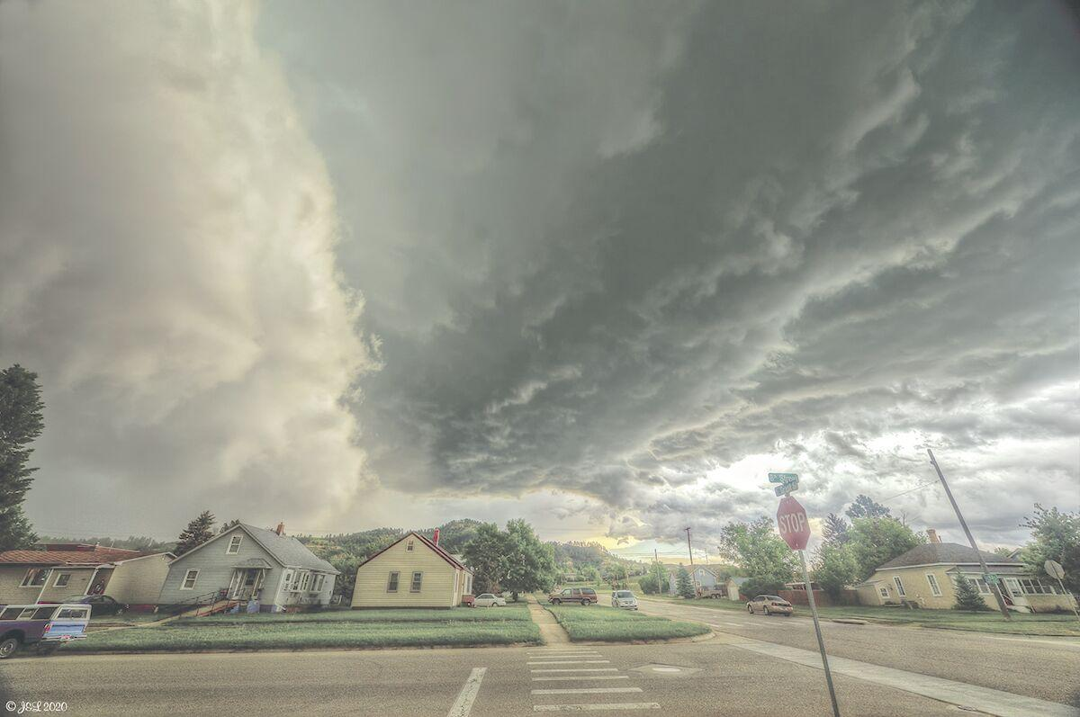 Hail pummels roofs, windows in Spearfish