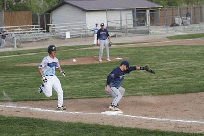 Sasquatch earns sweep of Pierre