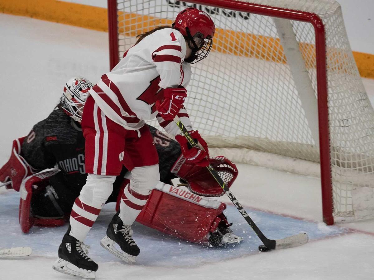 Women's hockey cover image