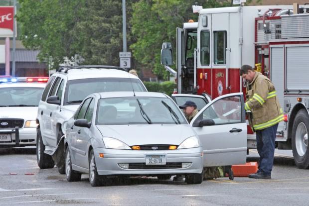 2-vehicle accident