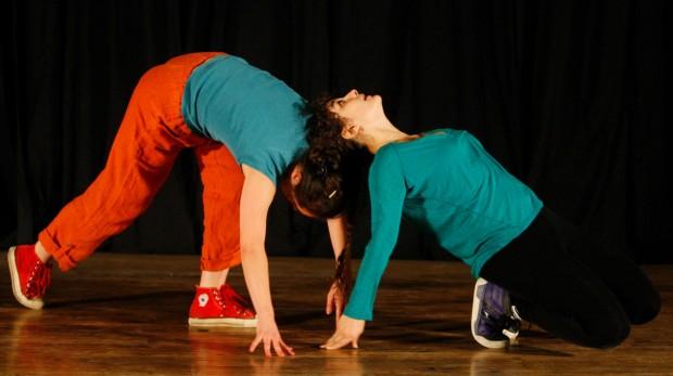 Paige Fredlund and Sofia Tsirakis perform