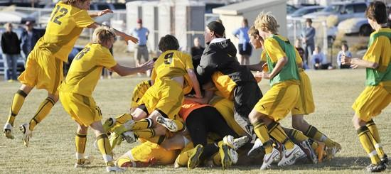 West boys beat Helena 2-1 to claim first State AA title