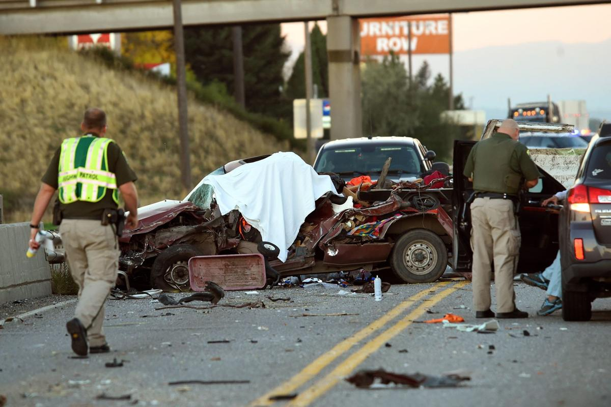 1 dead in Monday morning wreck west of Billings | Local