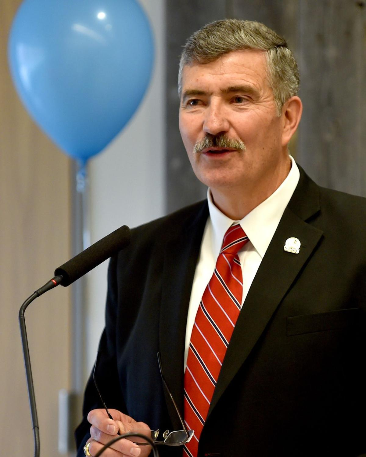 Mayor Tom Hanel