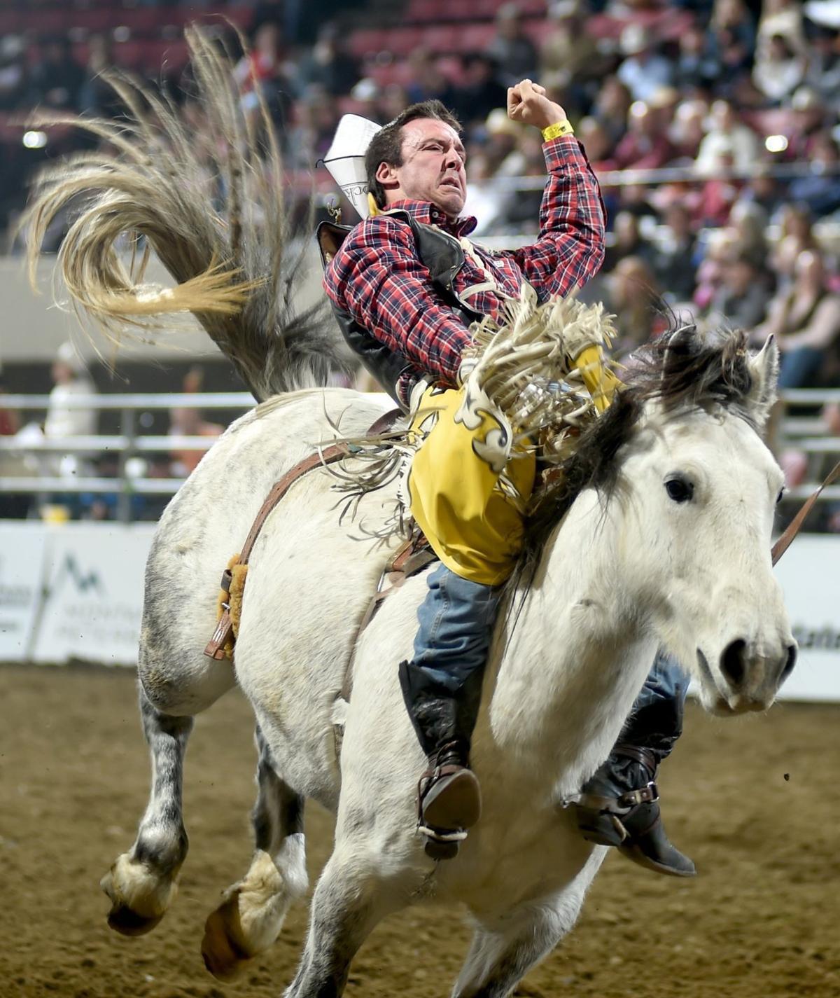 "Justin Miller rides ""Flirtatious"""